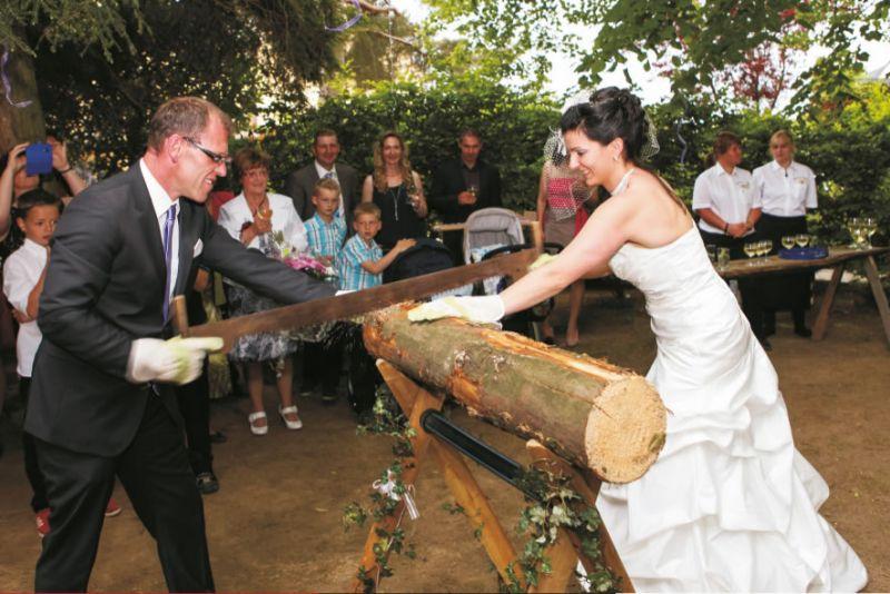 Hochzeitslocation in colditz ihre hochzeit im landgasthof waldhaus in colditz sachsen - Hochzeitsfeier im garten ...